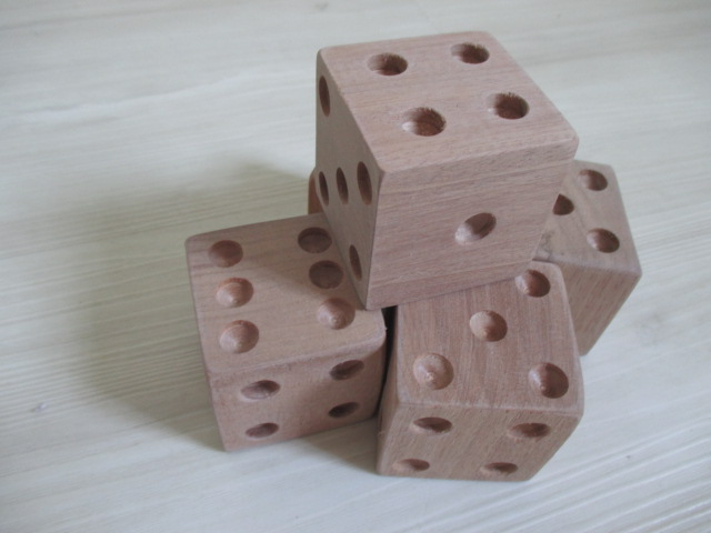 dado-sensorial-montessori-wardolf