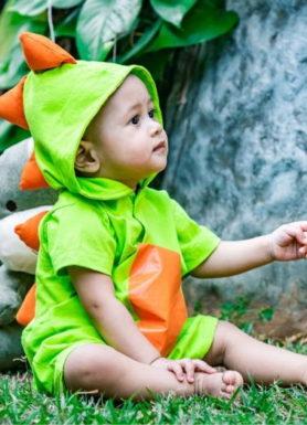 macacão infantil dinossauro